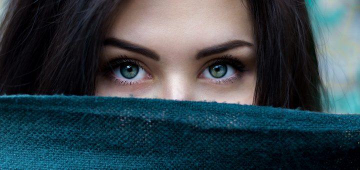 woman eyebrows
